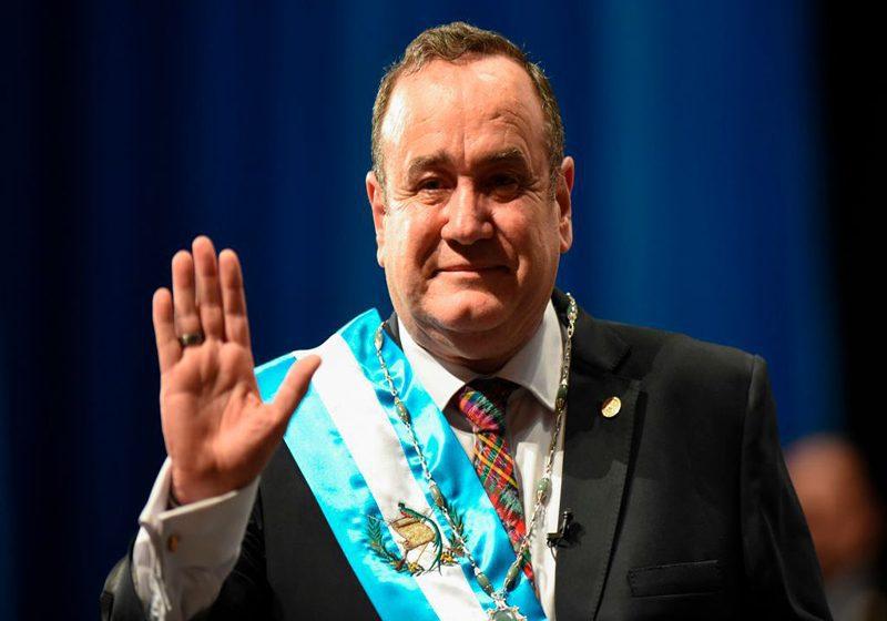 Alejandro Giammattei es investido como nuevo presidente de Guatemala