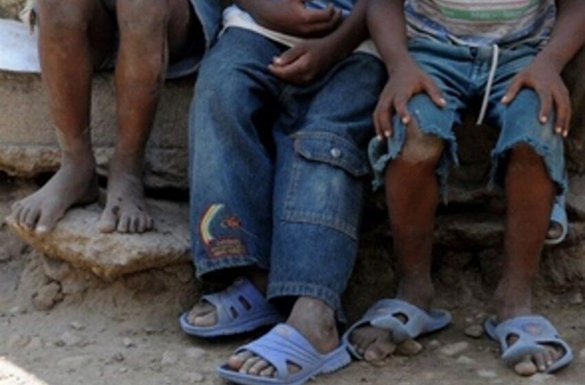 Hasta 86 millones de niños pueden caer en la pobreza este año, alerta Unicef
