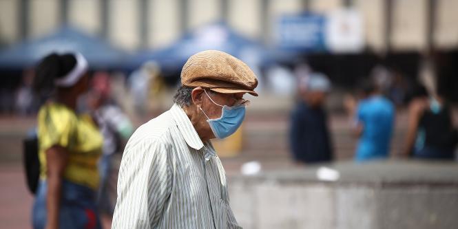 Ancianos  pueden delegar con  certificación para que cobren mesada que otorga el gobierno