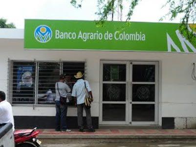 En el Banco Agrario ponen trabas para pagar la ayuda gubernamental a los viejitos
