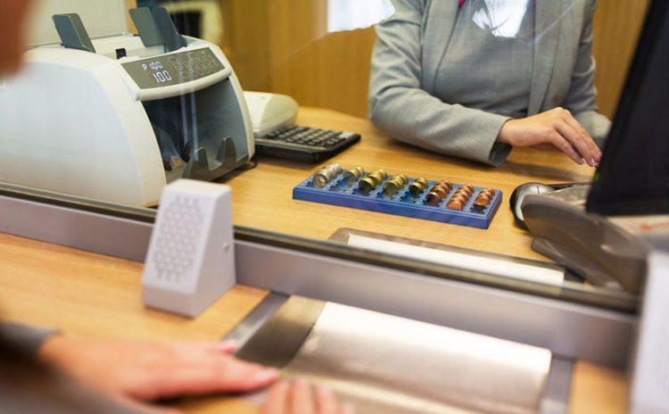 Los bancos no están cumpliendo a sus clientes