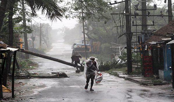 Al menos 22 muertos en la India y Bangladesh por el paso del ciclón Amphan