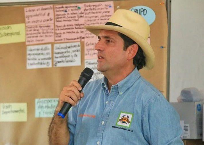 Gobernador proyecta construcción vía Acacías, Manzanares a Guayabetal