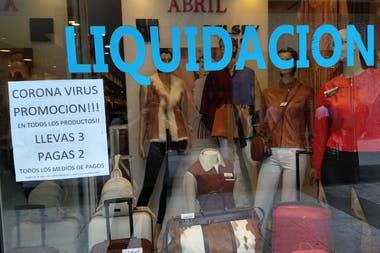 Pequeños comerciantes los más golpeados por cuarentena de coronavirus