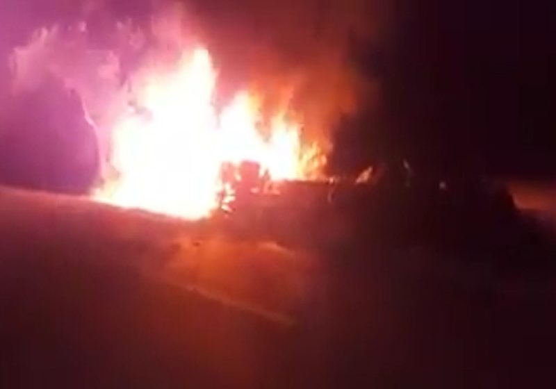 Terrorismo en Gaitán deja un tractocamión incinerado