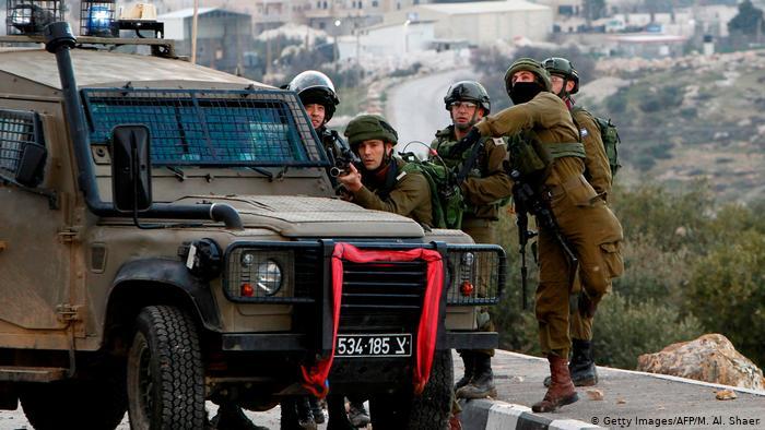 Muere soldado israelí por una pedrada en la cabeza en redada en Cisjordania