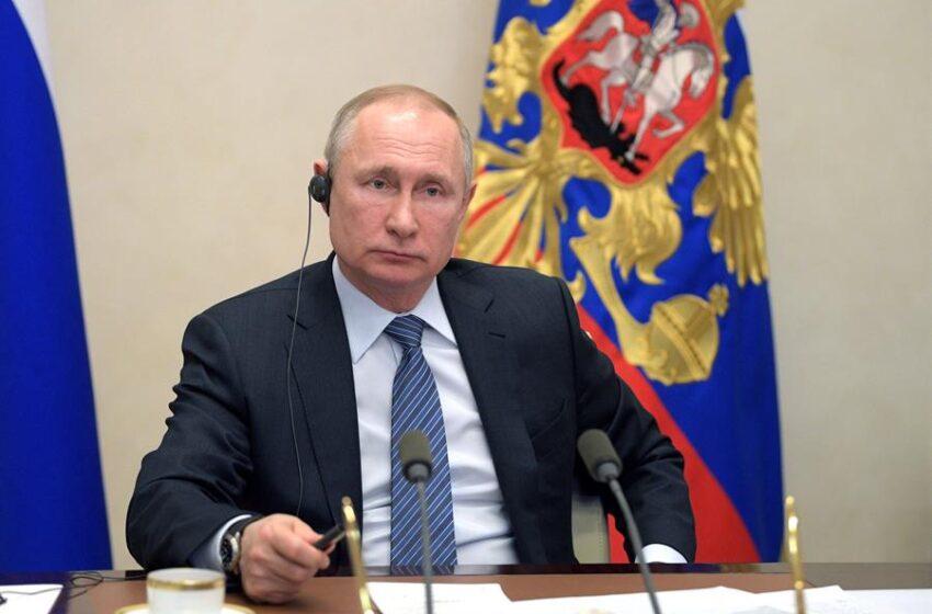 Putin ordena vuelta al trabajo, aunque Rusia superó en casos a Italia y R.Unido