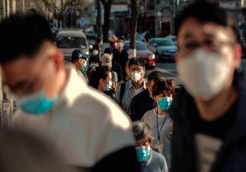 Los contagios «importados» del coronavirus siguen al alza en China