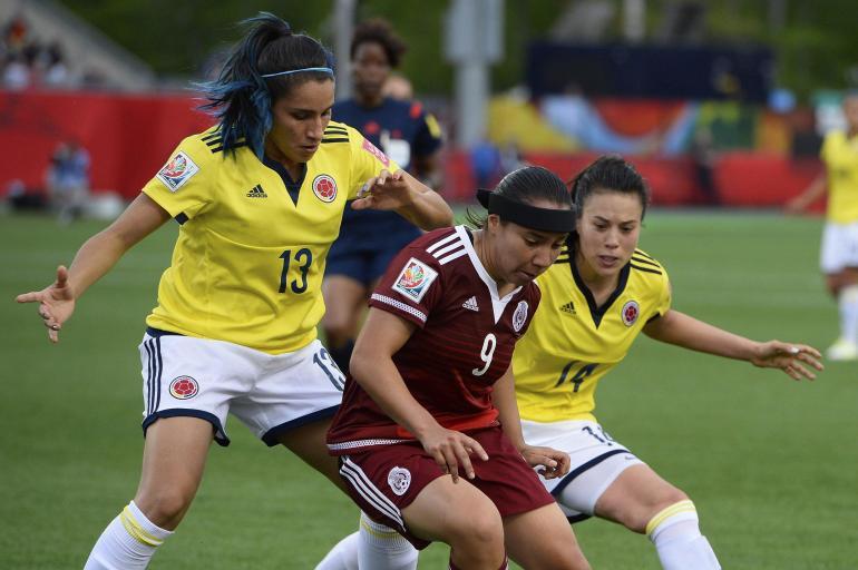 Clavijo: «El fútbol femenino en España tiene una estructura muy estable»