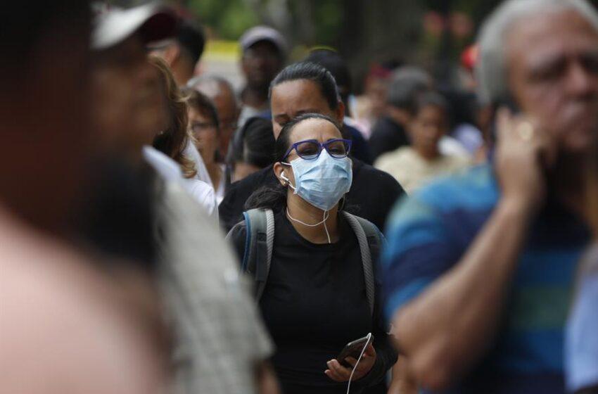 Colombia se acerca a las 10.000 muertes con el coronavirus en plena expansión