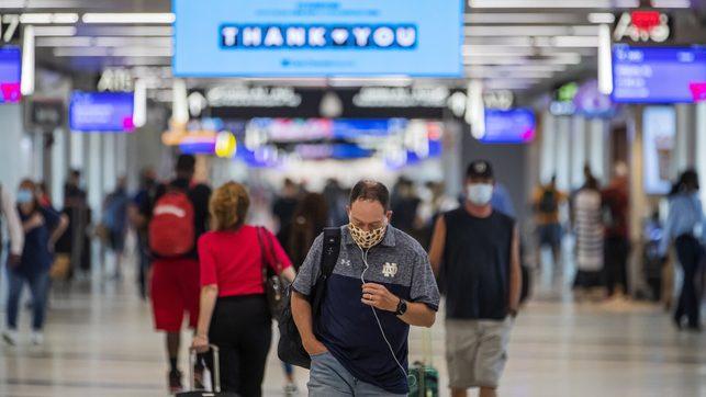 Estados Unidos supera por primera vez los 50.000 contagios de COVID-19 en 24 horas