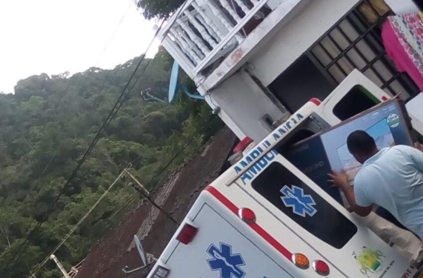 En ambulancia habrían realizado trasteo en el barrio La Pradera según fotografías en Facebook