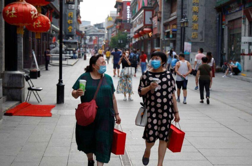 China encadena su tercer día con más de un centenar de nuevos contagios