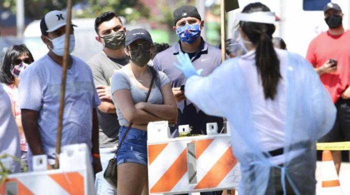 EE.UU. supera los 3,29 millones de contagios de coronavirus y los 135.000 muertos