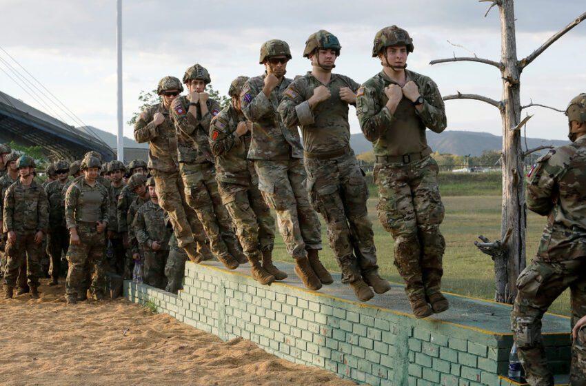 Tribunal colombiano ordena suspender actividades de brigada militar de EE.UU.