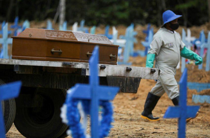 La COVID deja su jornada más letal en Argentina y México supera en muertes al R.Unido
