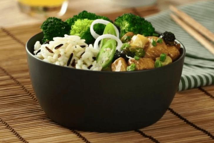 Prepara un delicioso Pollo Teriyaki y sorprende a tu familia