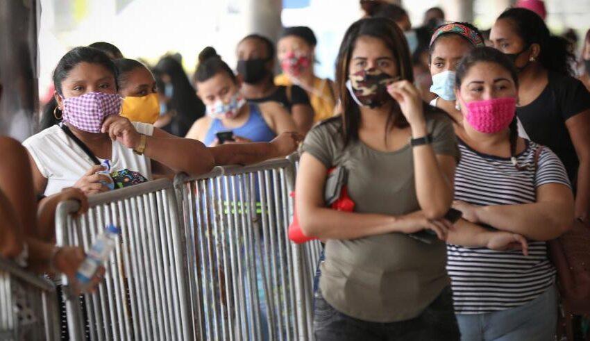 Los casos de coronavirus suman 17,6 millones en todo el mundo, según la OMS
