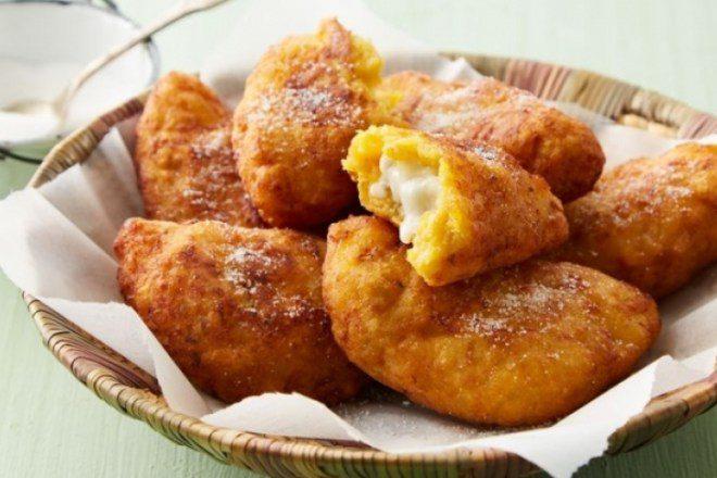 ¿A quién le provoca unas empanadas de plátano maduro y queso?