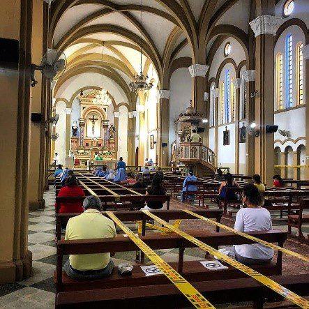 Los fieles católicos retornaron a las iglesias en Villavicencio