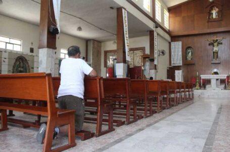 Templos reactivan actividades bajo vigilancia de la administración