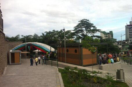 Contralor Municipal y administración remodelan  Plazoleta de los Artesanos