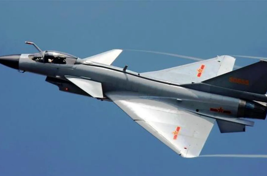 Taiwán detecta 18 cazas chinos en su espacio aéreo en visita alto cargo EEUU