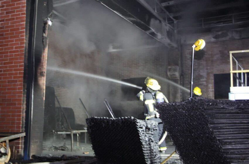 Investigan causas del incendio en la Planta de Tratamiento La Esmeralda