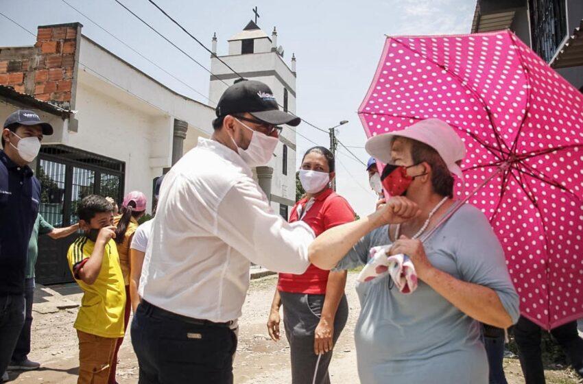 Pese a las dificultades trabajamos con el mayor afecto por la comunidad, señala Felipe Harman
