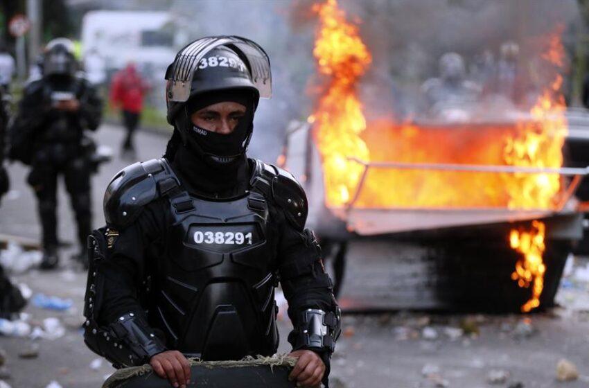 Centrales obreras convocan manifestaciones contra abuso policial
