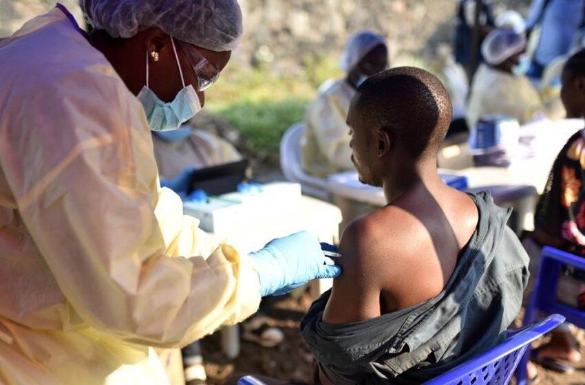 Más de 100 casos y casi 50 muertos por ébola en el noroeste de RD del Congo