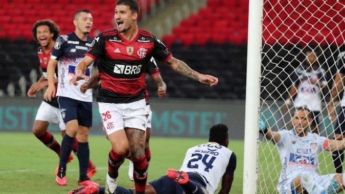 Flamengo, el campeón, vence al Junior y termina como primero en su grupo