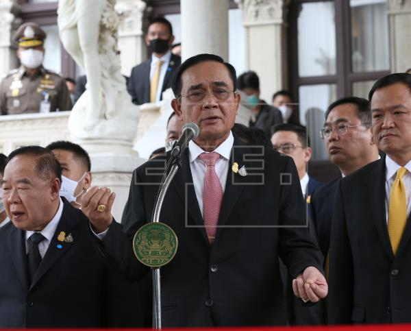 El primer ministro de Tailandia rechaza dimitir pese a las manifestaciones