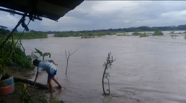 Cultivos y viviendas se traga el río en el Ariari por fuerte invierno