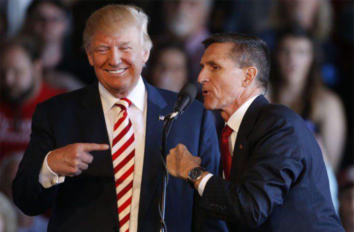 Trump da el perdón al general Flynn, su primer asesor de Seguridad Nacional