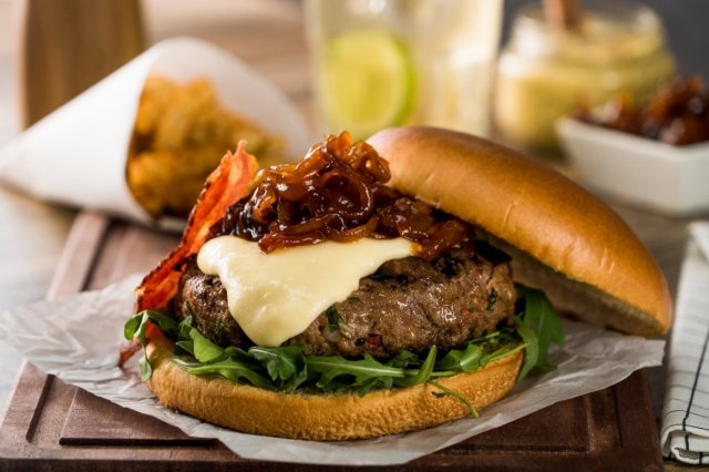 Disfruta de la mejor hamburguesa cuando quieras con esta receta