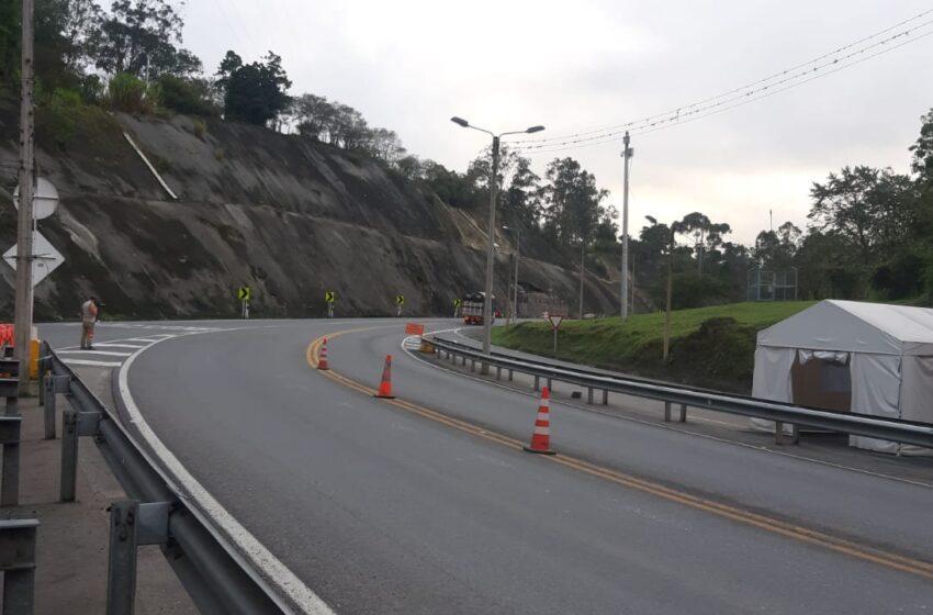 En permanente observación puntos críticos en la vía a Bogotá por fuerte invierno en la cordillera