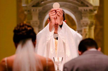El matrimonio católico se mantiene en primera línea en Villavicencio