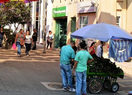 Se desbordaron las ventas ambulantes en Villavicencio