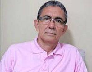 """""""Mi cargo no estaba atornillado a la Secretaría de Educación y era de libre remoción"""", dice el licenciado Hernández Mora"""
