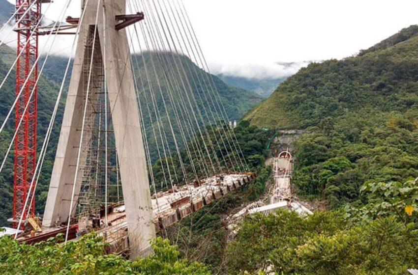 Periodistas y gremios piden informe oficial sobre diseño del caído puente de Chirajara