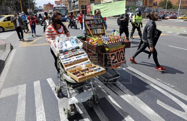 Comerciantes protestaron contra las restricciones por la pandemia