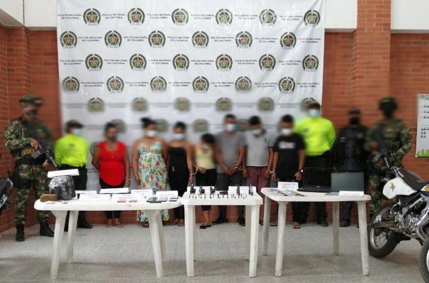 Coca, marihuana, armas y motos tenían extorsionistas capturados, dijo el Comando de la Séptima Brigada