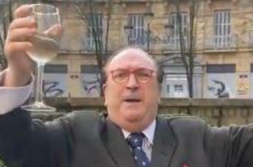 """""""No se puede vivir sin beber"""": queja de 'profesor' ante cierre de bares por COVID"""