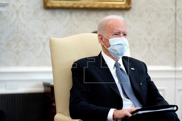 Biden se muestra dispuesto a ceder en el plan de estímulo de la pandemia