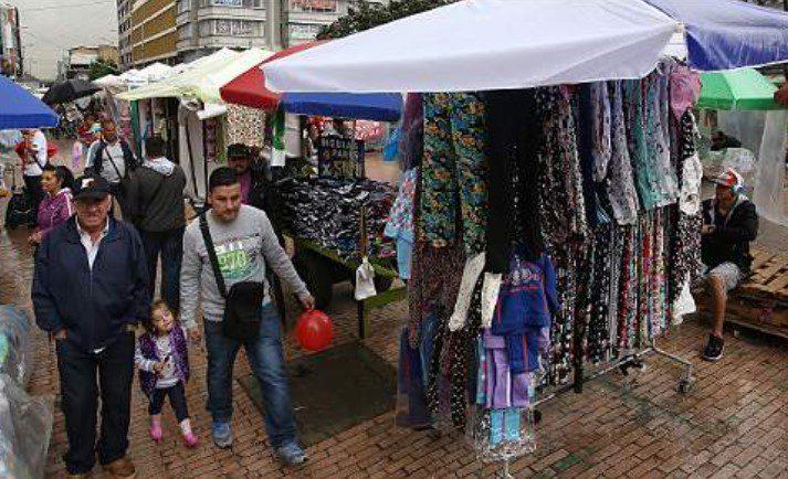 Importante que dejen trabajar a los vendedores, pero están abusando del espacio público