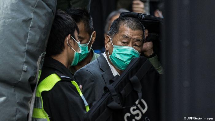 El magnate hongkonés Jimmy Lai, condenado a un año por organizar una protesta