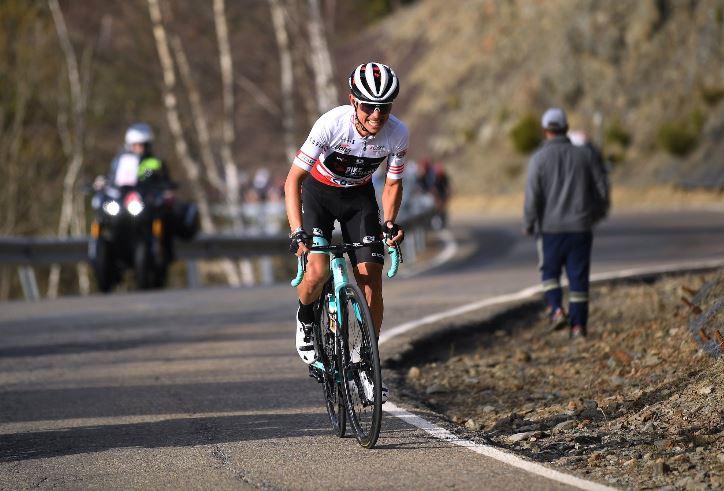 'Chavito' sorprende a favoritos en bajada y es figura en etapa 4 de Vuelta al País Vasco