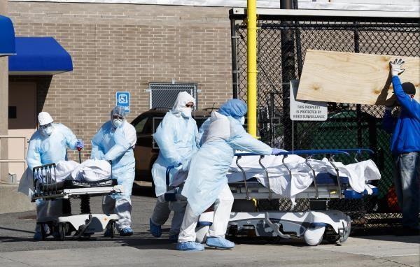 Estados Unidos supera los 575.000 muertos por la covid-19