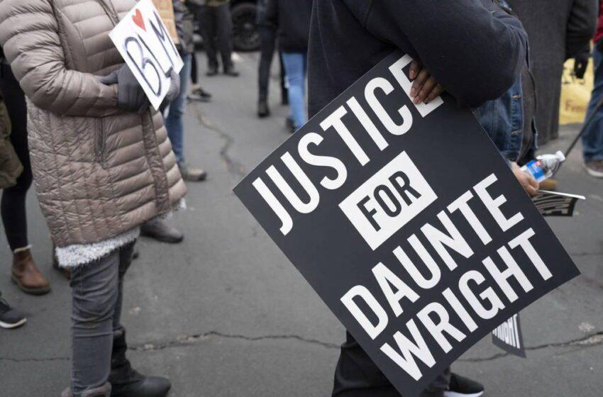 La agente que mató a Wright dimite y la familia rechaza que fuese «accidente»